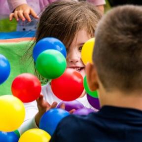 Basen z kulkami - zabawy dla dzieci Szczecin